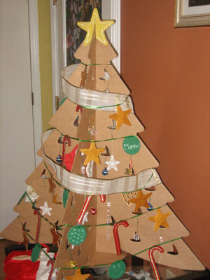 A Recycled Twist On The Christmas Tree Cardboard