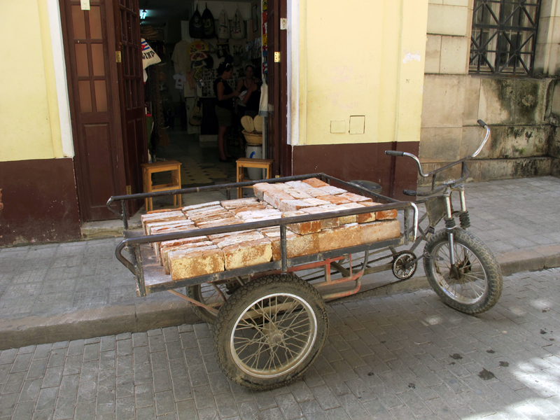 Utility bicycle in Havana