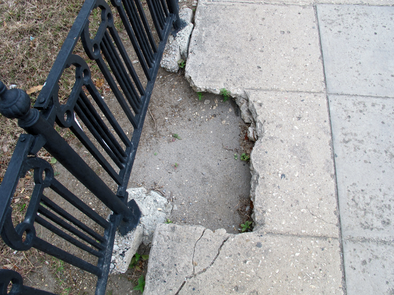 Sidewalk disrepair in Havana